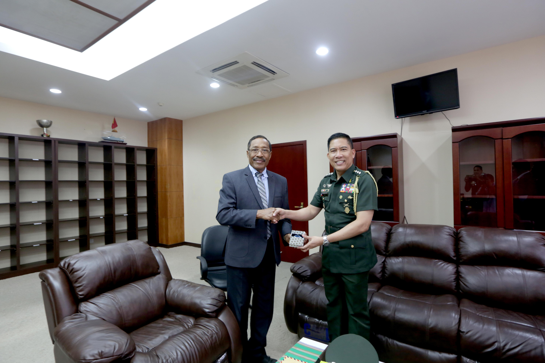 Governo das Filipinas mantém uma boa cooperaçao com o Governo de Timor-Leste