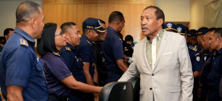 Ministru Defeza Esklarese Polítika VIIIGovernu Ba  Ofisiais PNTL